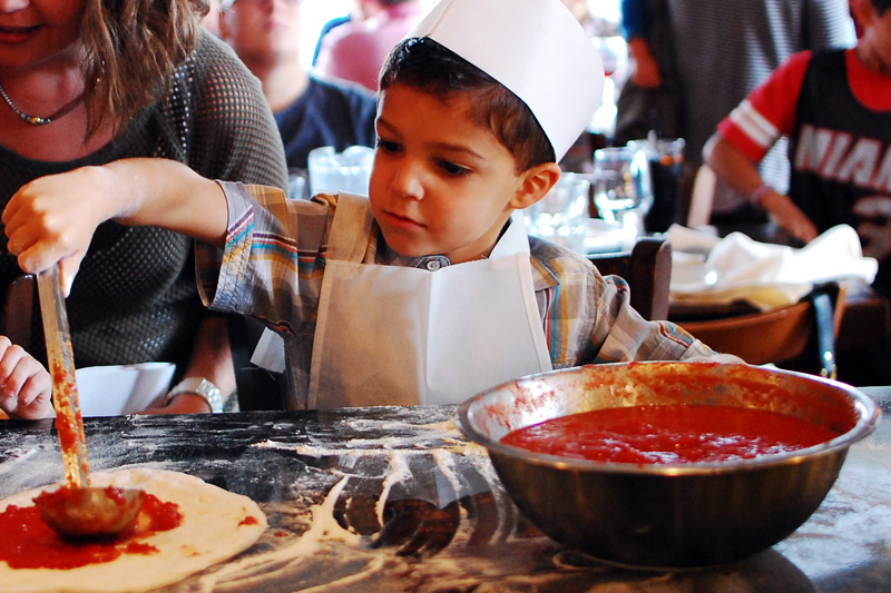 kids-pizza-party-photo4.jpg