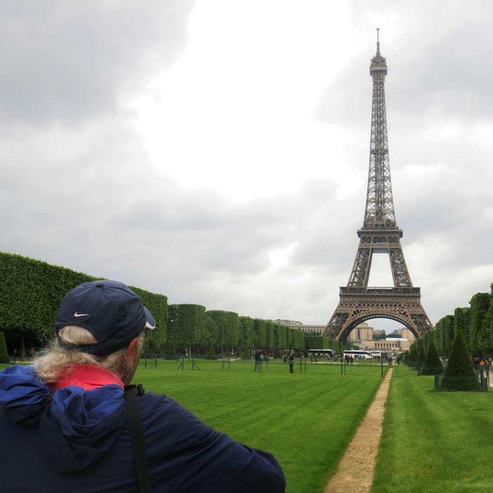 Eiffel t & Rob.jpg