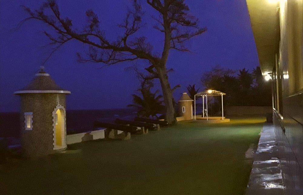 patio-noche.jpg