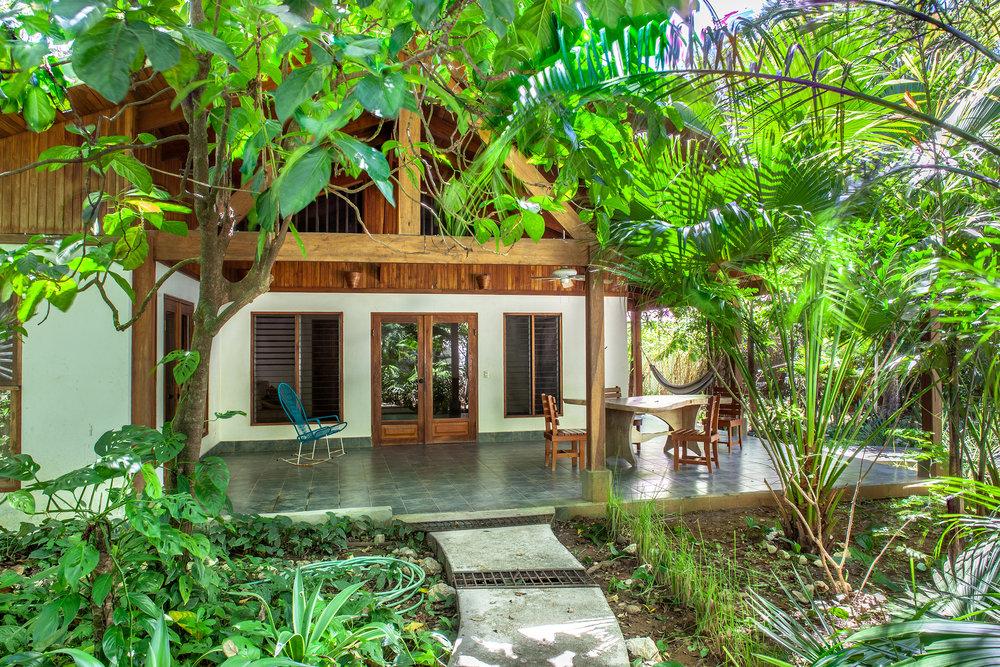 LOW - Casa las Brisas -  Jardines017.jpg