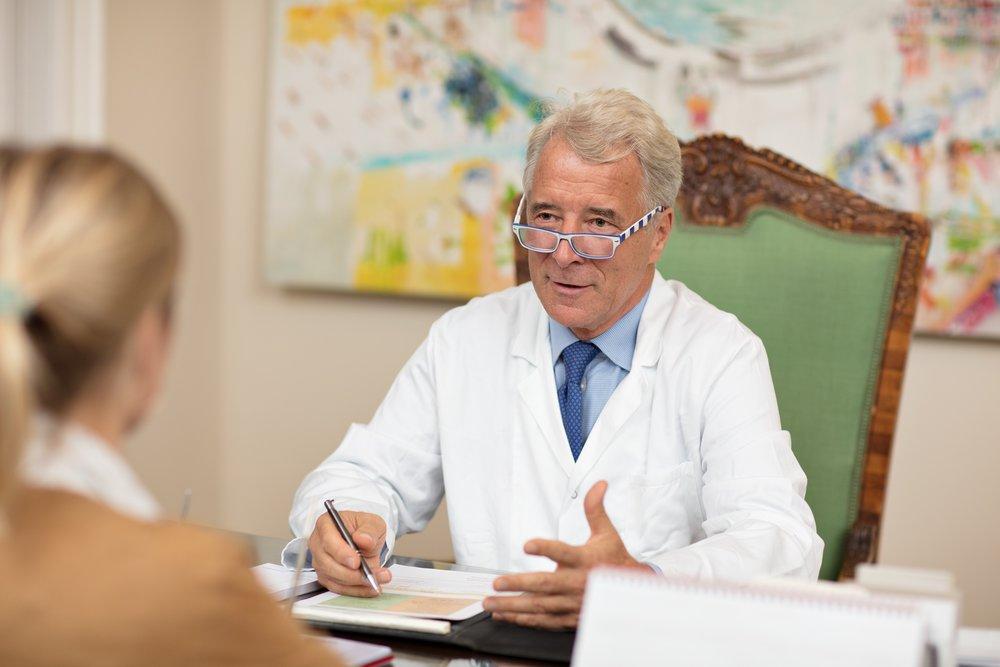 AUS ERFAHRUNG AM PULS DER FRAUENHEILKUNDE - Mein Bestreben ist es, meinen Patientinnen in allen Bereichen der Frauenheilkunde eine persönliche Behandlung nach dem aktuellen Stand des Wissens anzubieten, gegebenenfalls unter Beiziehung entsprechender ExpertInnen.Ich bemühe mich in ausführlichen Gesprächen für die jeweilige Situation eine an die Bedürfnisse der Patientin angepasste, individuelle Lösung zu finden.Ein besonderes Service meiner Betreuung ist die rund um die Uhr Verfügbarkeit für Notfälle.