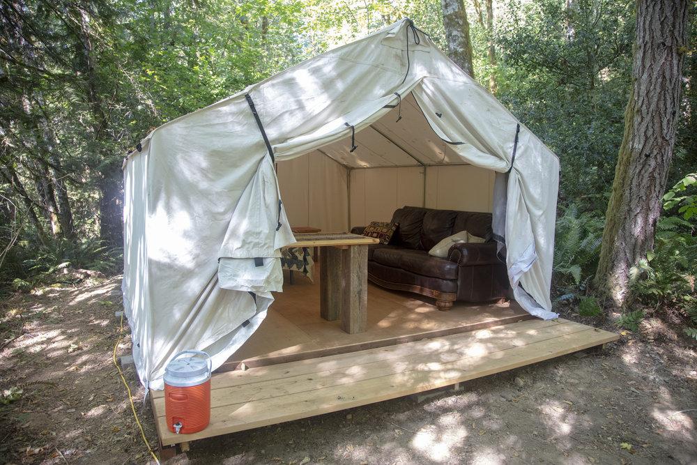 Canvas_Tent3_3_Rockland_280.jpg