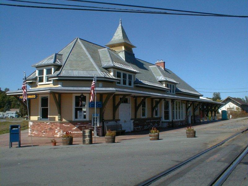 Fort Edward station in November of 1999.