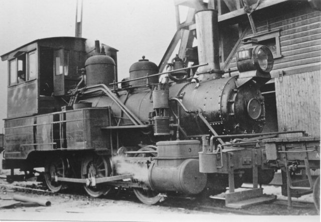 D&H 7 TYPE : 0-6-0T  CLASS:  B  NOTES:  Built by Dickson in 1884 as a tank engine, the unit was rebuilt in D&H Oneonta Shops in 1898, still as a tank engine and was scrapped in August of 1928.  (John Shaw Collection)