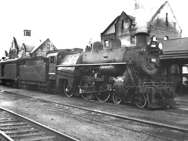 D&H 508 TYPE:  4-6-0  CLASS:  D-3  DATE:  1946  LOCATION:  Saratoga, NY  NOTES:  At old Saratoga station with southbound passenger; note unusual large stack.  PHOTOGRAPHER:  Jim Wright