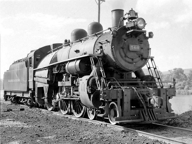 D&H 560 TYPE:  4-6-0  CLASS:  D-3  DATE:  8/1/47  LOCATION:  North Creek, NY  NOTES:  Ready to depart for Saratoga.  PHOTOGRAPHER:  Jim Wright