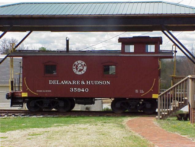 D&H 35940  Hudson Depot Museum, Hudson, NC