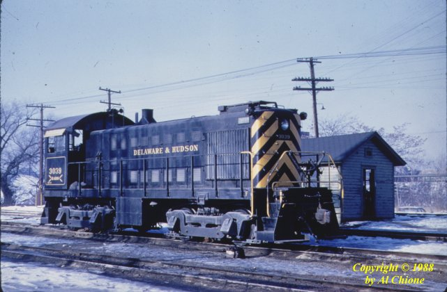 D&H 3039  Wilkes Barre, PA photographed by Al Chione, January 7, 1961.  Tony D. Steele Collection.