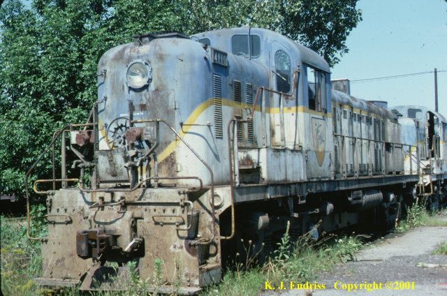 D&H 4110  In Lightning Stripe at Colonie in September, 1977.  Kevin J. Endriss photo