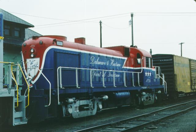 D&H 506 (1976)  In bicentennial at Oneonta in May, 1976.  Kevin Endriss photo