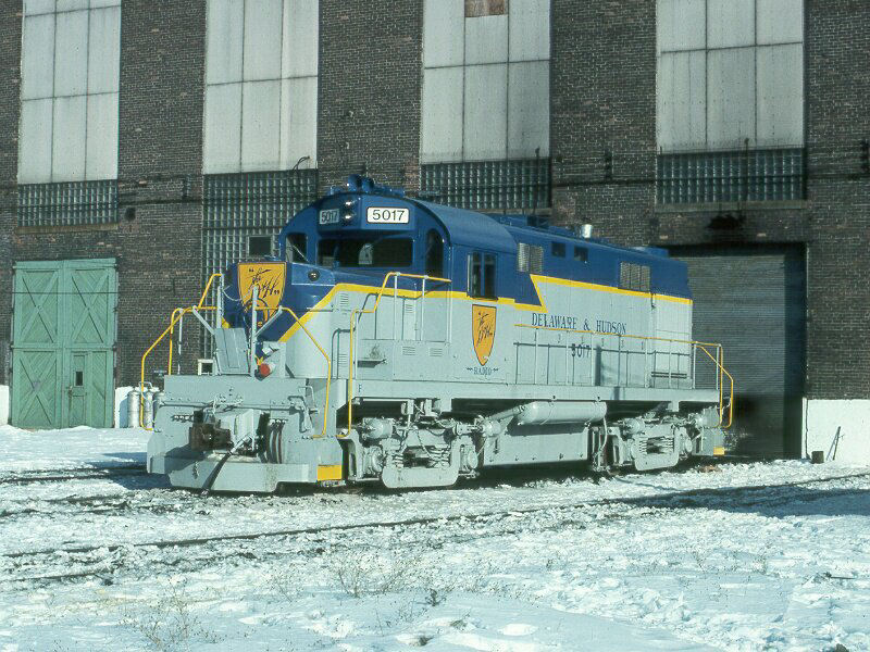 D&H 5017  Unit #5017 Outside of the Colonie shops 1/22/77. #5017 went to the Ulster and Delaware where it is still running under D&H Colors.