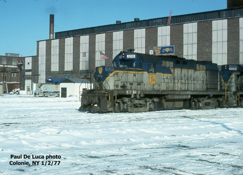 D&H 5018  Unit #5018 Outside of the Colonie shops 1/22/77.  Photo by Paul De Luca