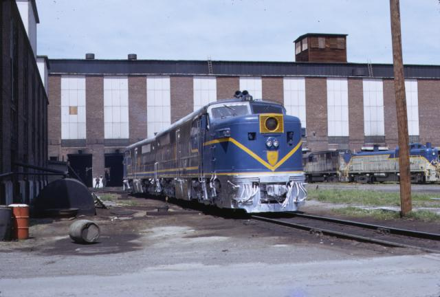 D&H 18  D&H PA-1 #18 at Colonie, before rebuilding at M-K.  Jay Winn collection