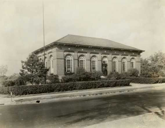 Riverview library 1917.jpg