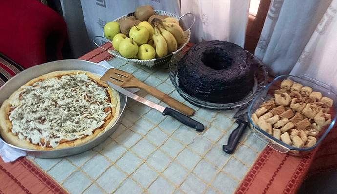 A meal shared by Wissam Zarqa and his wife before the siege began in eastern Aleppo. (From Newsdeeply.com by Wissam Zarqa)
