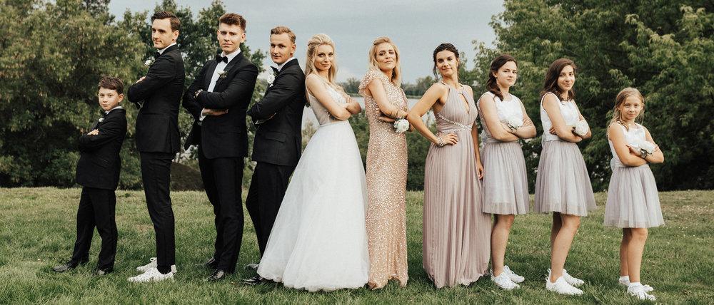 Paulina & Jacek Historia Ślubna - Paulina i Jacek, dwójka pozytywnych ludzi, i to para, która udowodniła, że wesele w parę miesięcy to realne, im więcej, to może być wesele dopięte na ostatni guzik, w przepieknym miejscu!