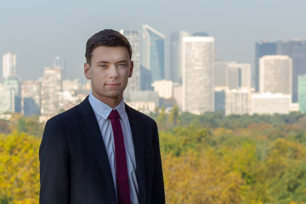 Alexandre DIRINGER - Co-responsable communication au sein de l'associationMaster 1 Droit des affaires (Kingston University London)Bi-Licence Droit - Relations Internationales (Université Jean Moulin Lyon 3)LINKEDIN / VOIR LE CV
