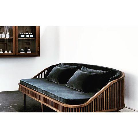 design_thirsty-velvet-sofa.jpg