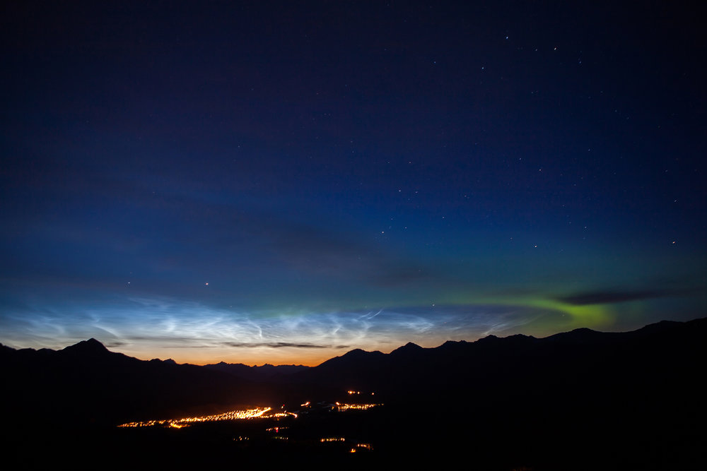 Noctillucent clouds and auroras over Jasper