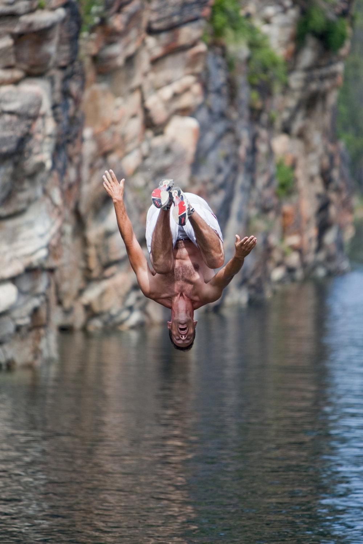 Cliff jumping at Horseshoe Lake