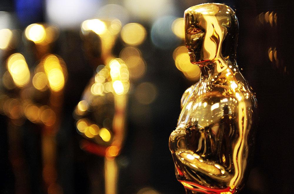 Oscar-statues-billboard-1548.jpg