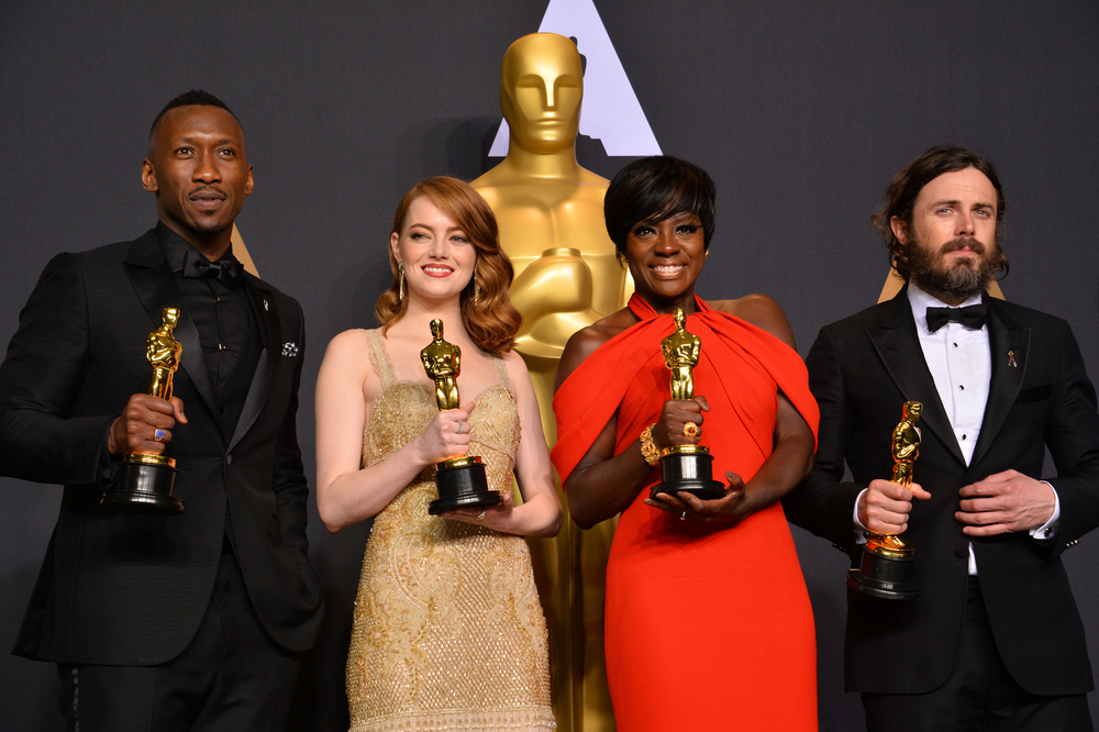The-Embarrassing-Mistake-At-The-2017-Oscars-Well-Never-Forget.jpg