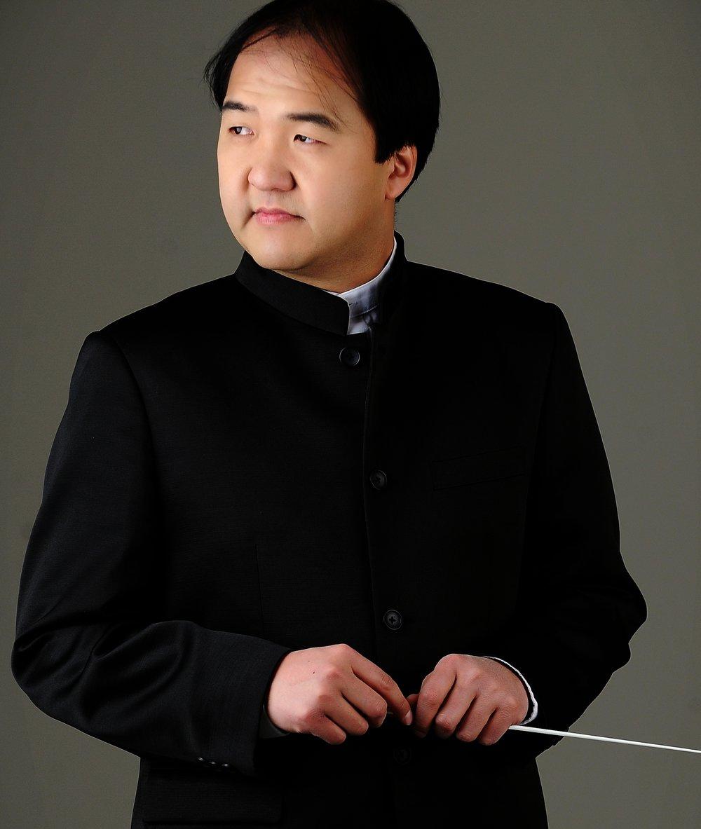 Jun Kim conductor (4).jpg