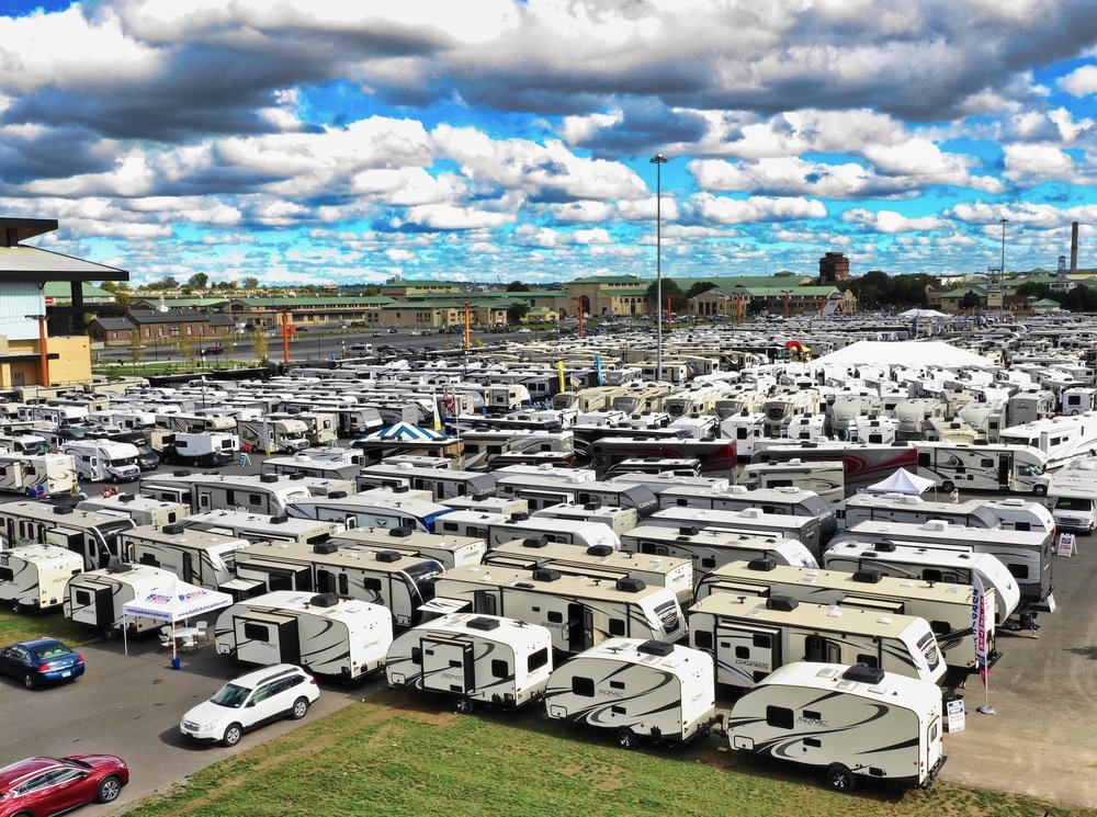 RVS & CAMPERS FILL THE MIDWAY AT THE THE NYS FALL RV SHOW
