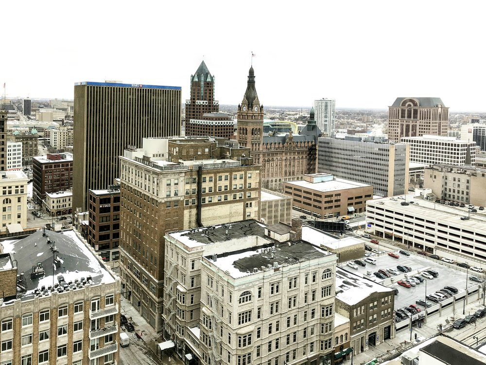I took these photos in December, but it actually looks the same today. #snowinapril #414 #MKE #MilwaukeeDay