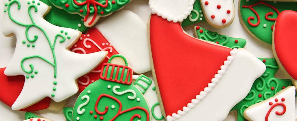 00460-01_red-green-christmas-cookies.jpg