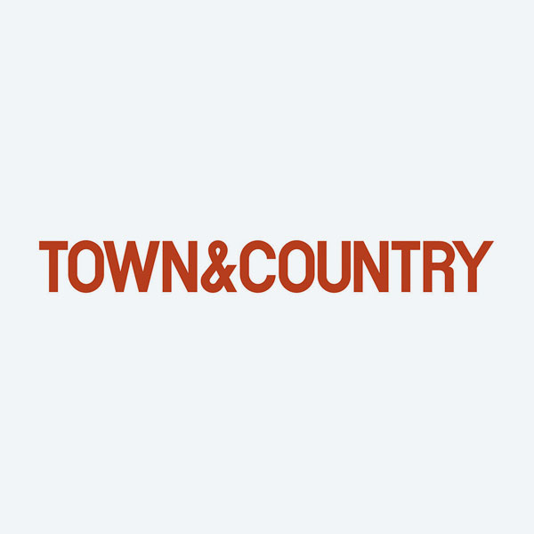 <b>TOWN & COUNTRY<br>1.4.16<br></b>This Playlist Will Jumpstart Your Healthy 2016 New Year's Resolution