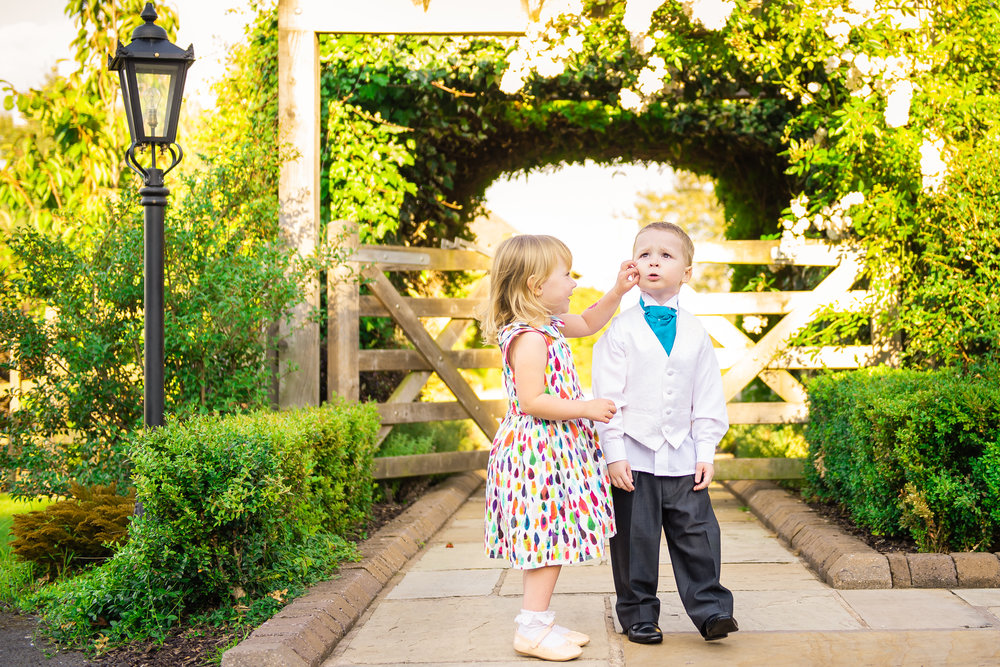Wedding Children Mythe Barn