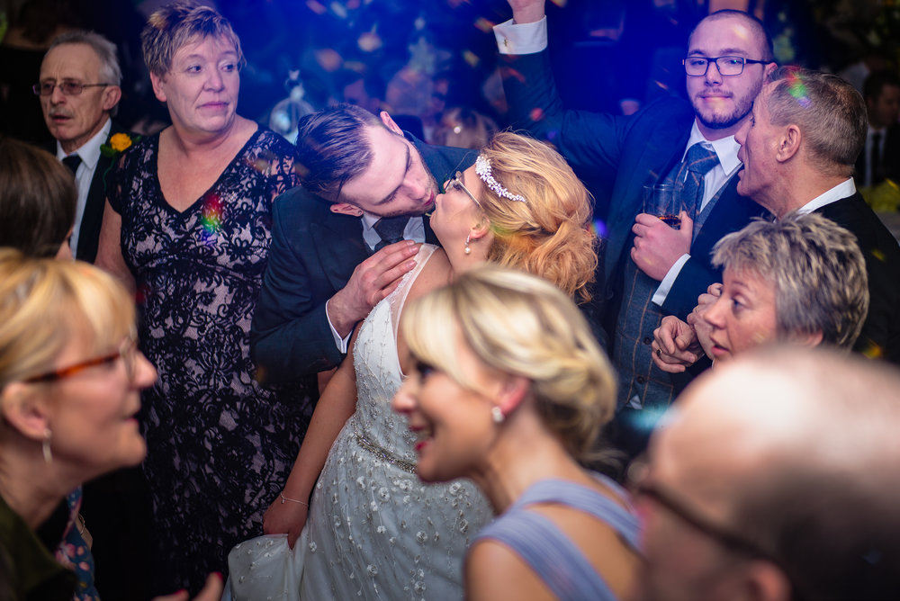 Wedding Reception Gallery - During weddings, i am always looking for laughs, hugs and crazy moments. Here are some of my favourite wedding reception photos.