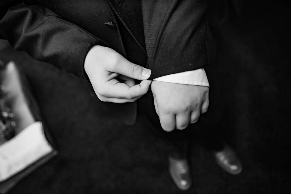 wedding photography black and white close up cufflinks dana lewis