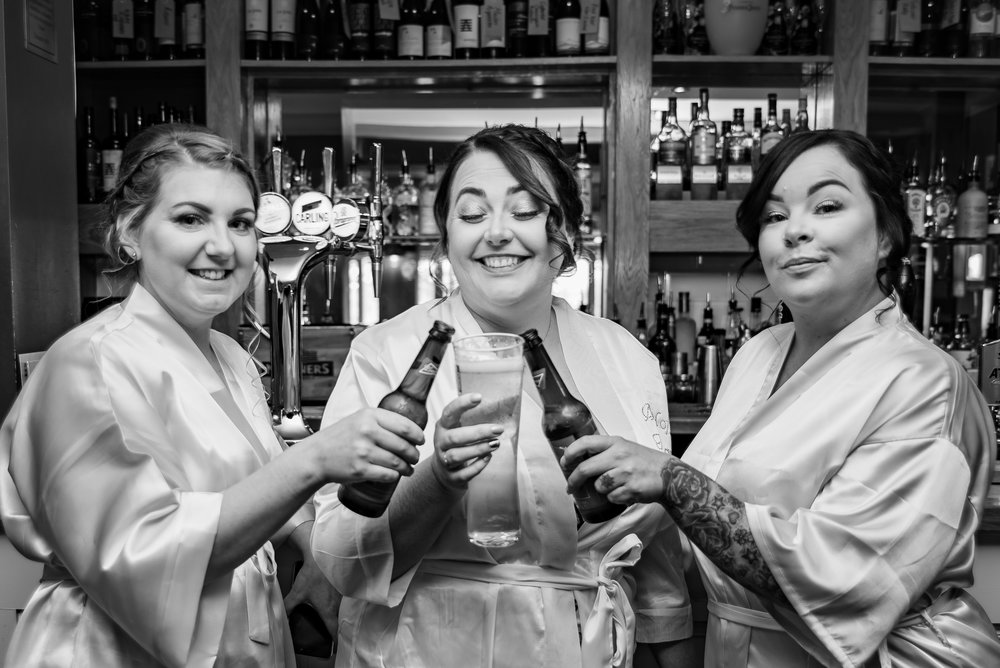 wedding photography strawberry bank hotel bridesmaid toast dana lewis