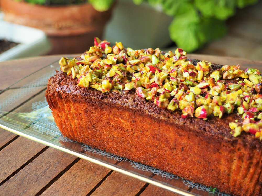 pistachio-cake-2.jpg