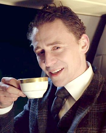 hiddleston-tea.jpg