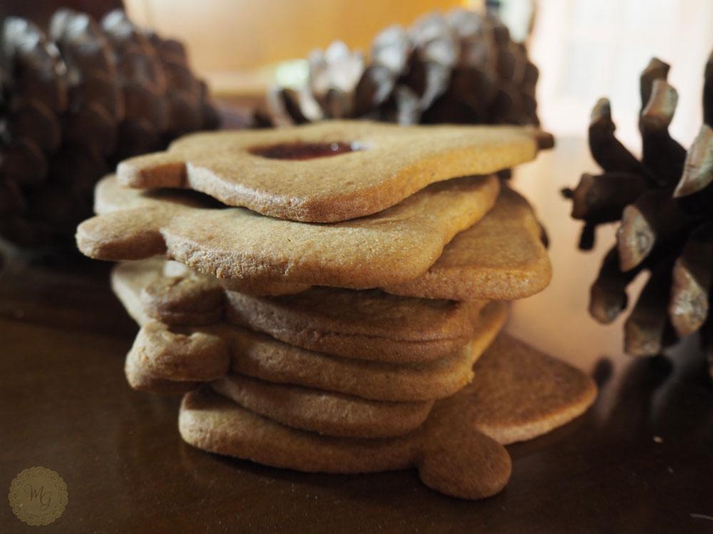 watermak-bell-biscuits-4