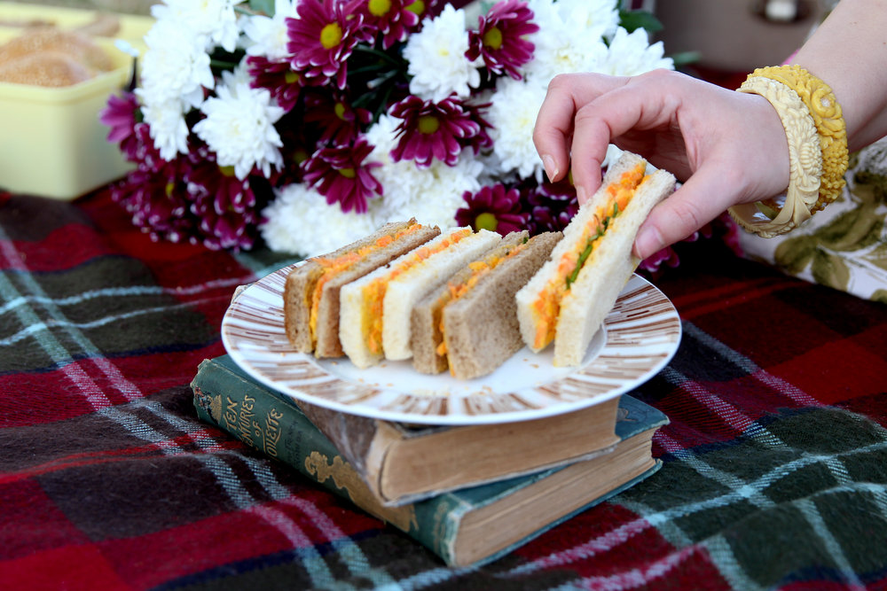 carrot-cheddar-sandwiches.jpg