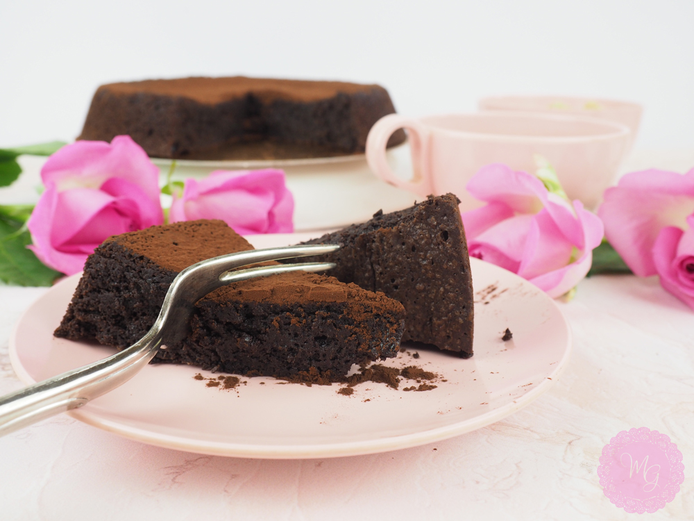 flourless-chocolate-cake-1.jpg