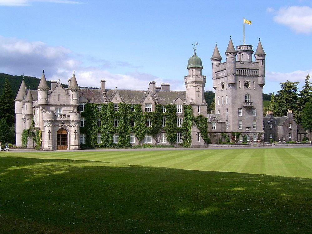Balmoral_Castle.jpg