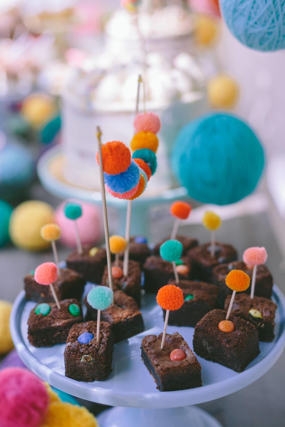 madame-gateaux-brownies-pompoms.jpg