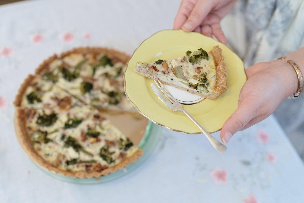 Αλμυρά φούρνου - Κλασική quiche Lorraine με τυρί Gruyère & μπέικονQuiche με μπρόκολο & blue cheeseQuiche με κολοκύθι, ανθότυρο & κουκουνάριQuiche με πατζάρι, σχοινόπρασο & κατσικίσιο τυρίΜίνι μάφινς με σπανάκι, ελιές Καλαμών & φέταΜίνι μάφινς με λιαστή τομάτα & φρέσκο βασιλικόΜαντλέν με παρμεζάνα & φρέσκο φασκόμηλο