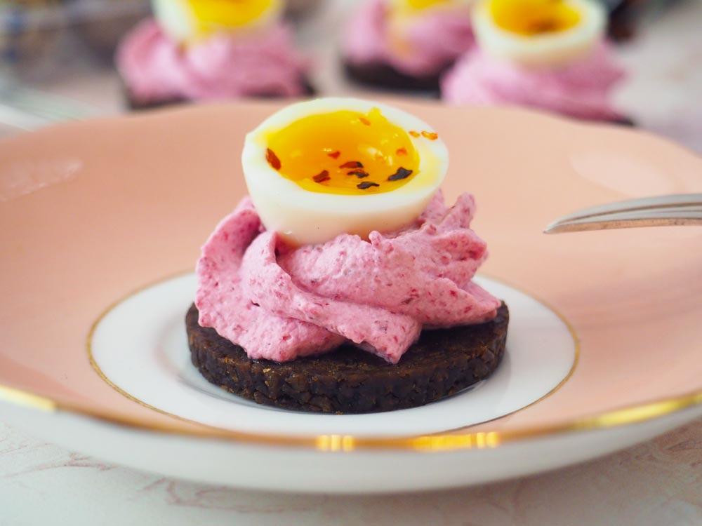 quail-egg-sandwich-5.jpg