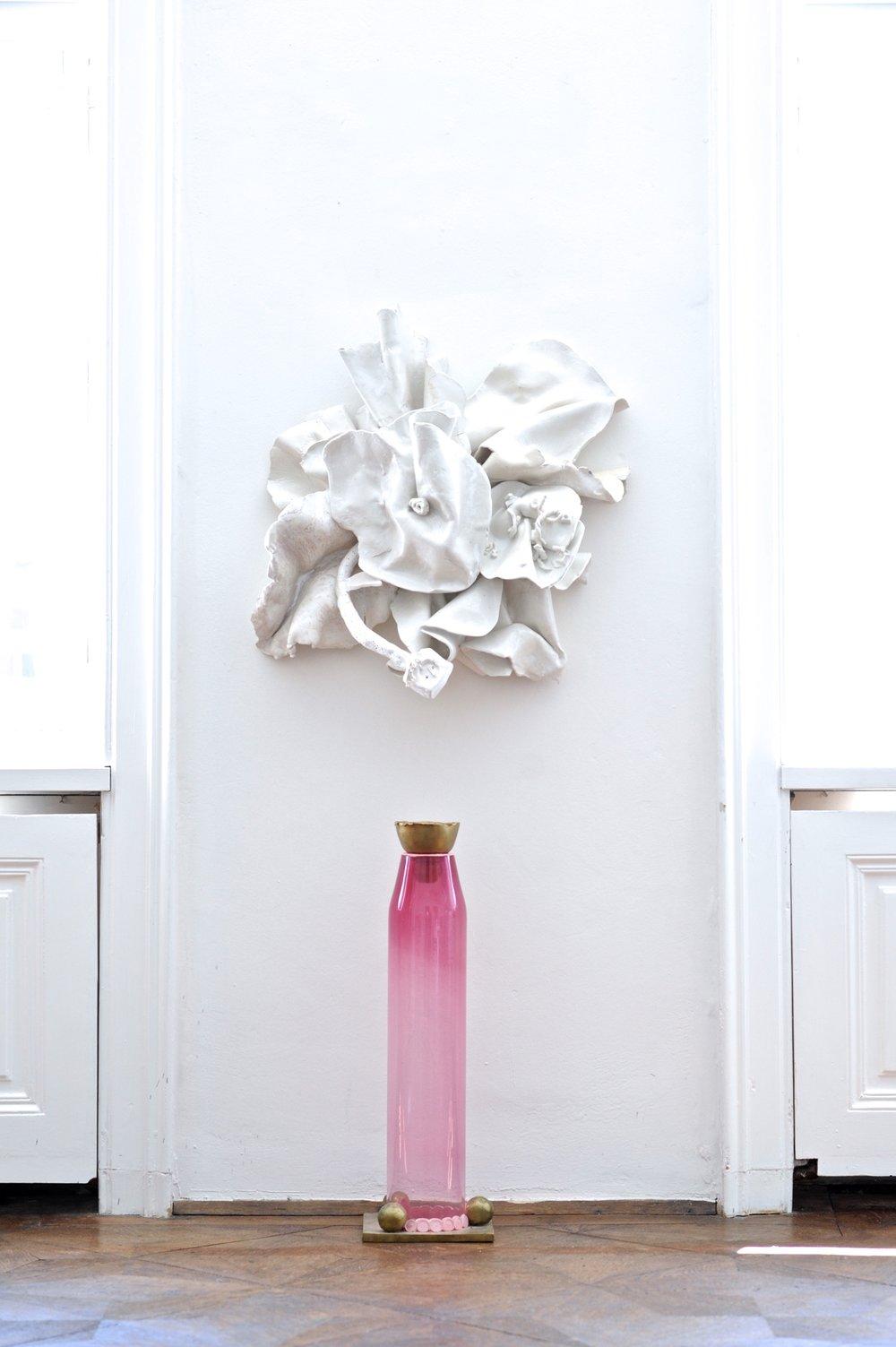 Untitled  2011 Ceramic, glazed 70 x 70 cm