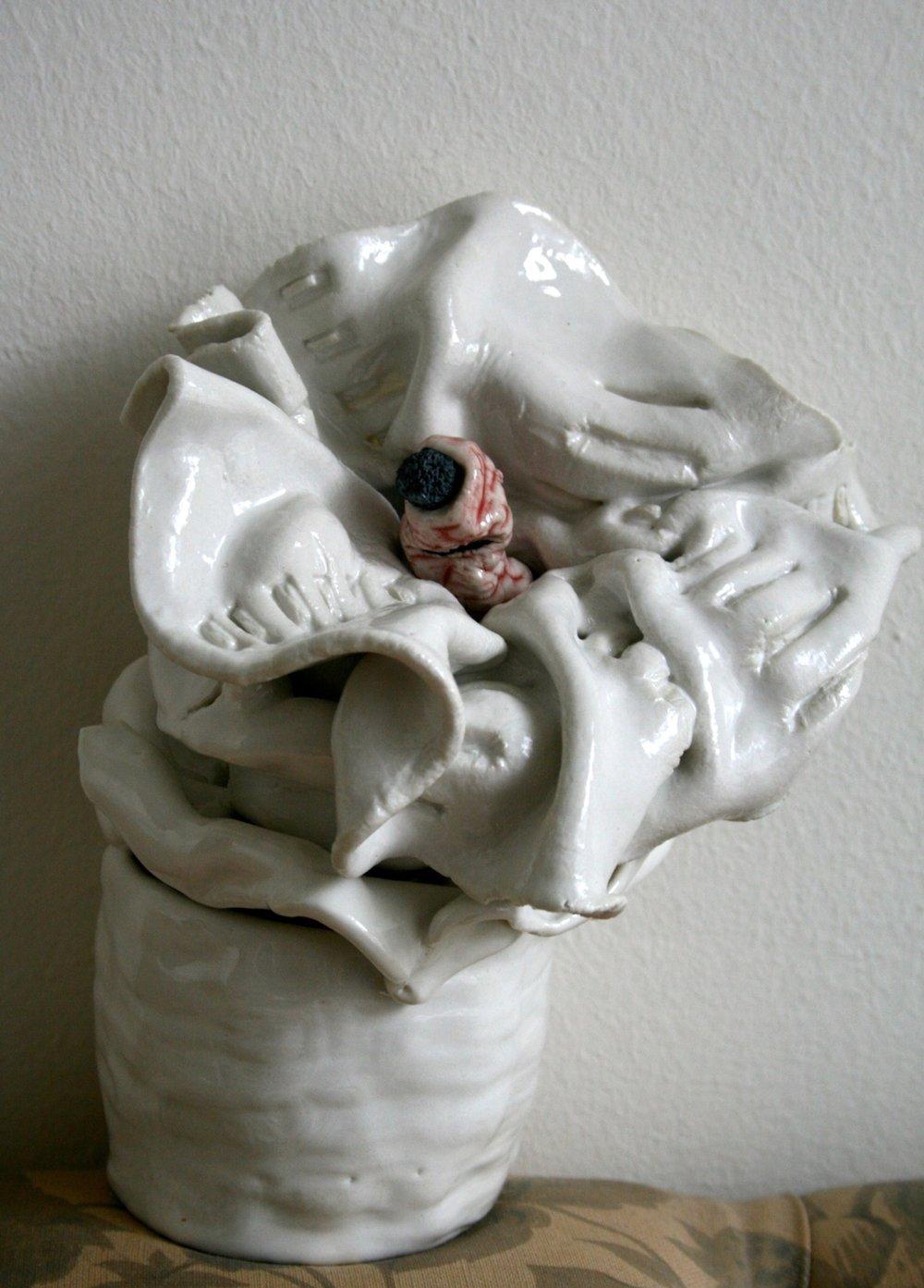 Untitled    2014 Ceramic 18 x 8 cm