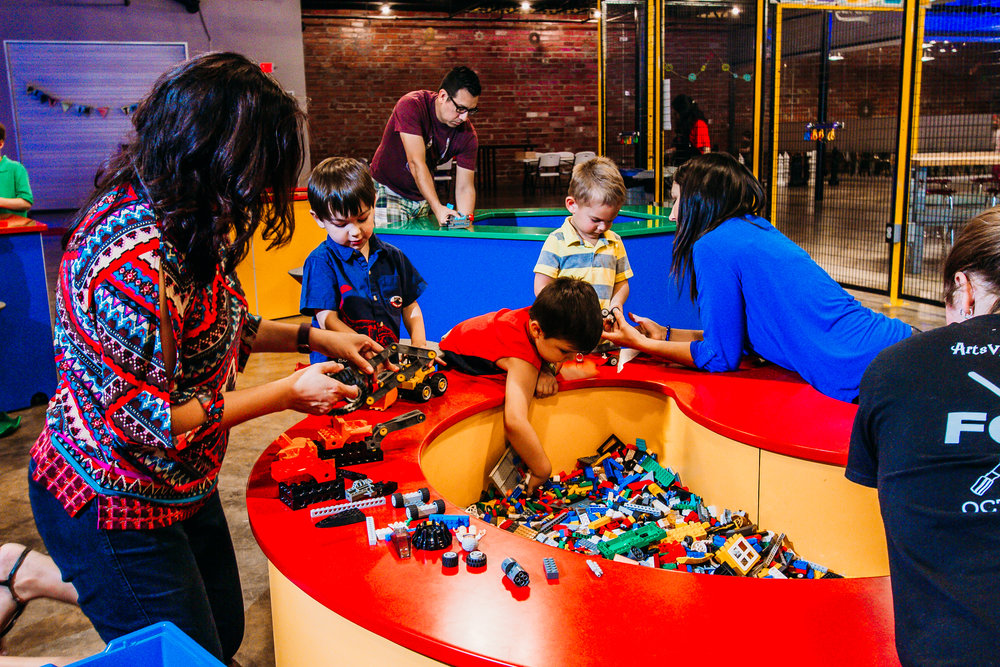 LEGO® is a trademark of the LEGO Group of companies which does not sponsor, authorize or endorse this site.