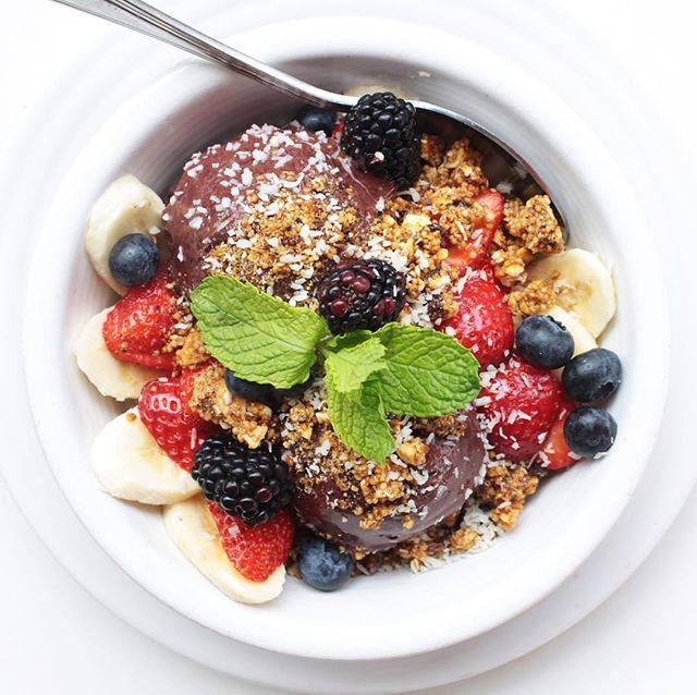 Good morning to everyone, especially the CG team member who made this açai bowl 👌🏼😍