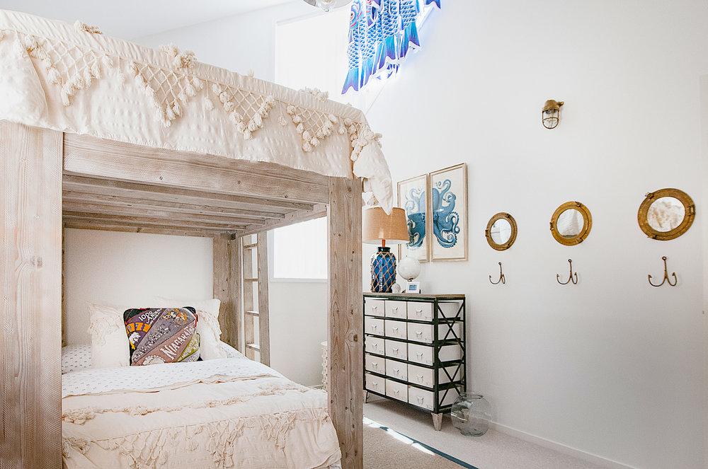 Barellen-10-Bedroom-4-Guest-Bunk-Fish-2018-11-05-12.16.21.jpg