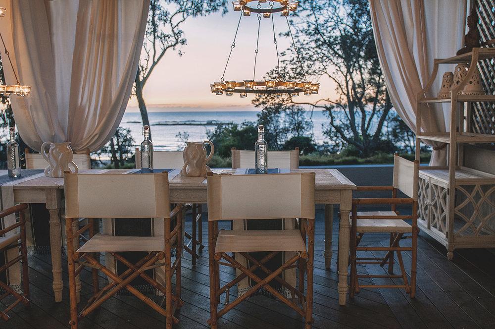 Barellen-2c-Beach-Side-Deck---Outdoor-Dining-DSC_6488.jpg